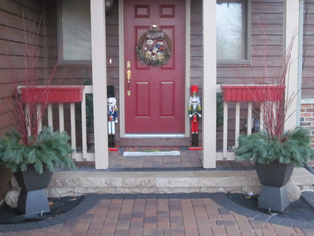 DIY Christmas Containers {Cooking on the Front Burner}  #Christmas #Homedepot