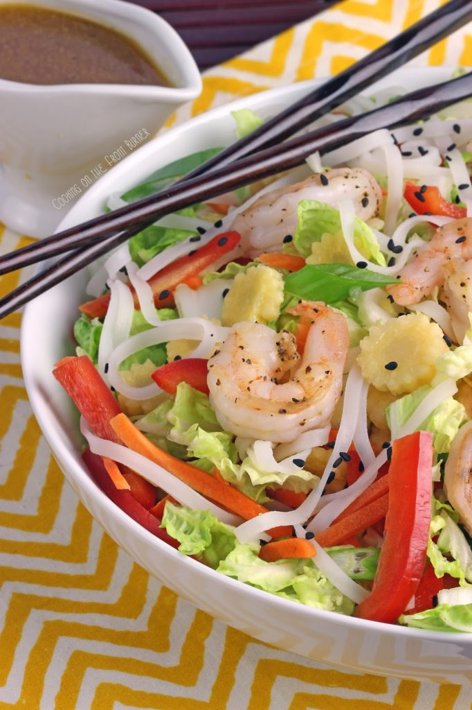 Asian Shrimnp Salad Bowl | Cooking on the Front Burner #asiansalad #gingerdressing