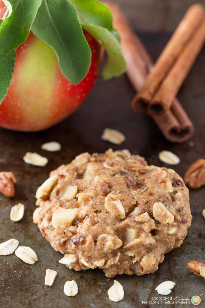 Apple pecan oatmeal breakfast cookies are a sweet but healthy breakfast treat. Easy to make, they're perfect for a grab 'n go snack!
