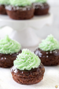SHAMROCK MINT BROWNIE BITES