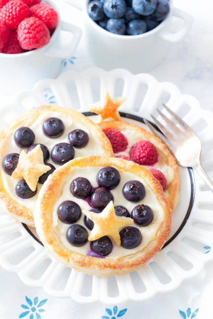 Fruit pastry on a plate with blueberries
