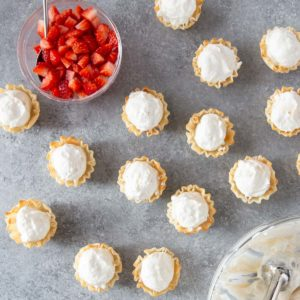 phyllo cups filled with cheesecake filling