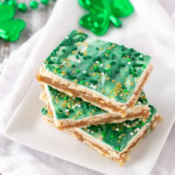 st patrick club cracker bars on a plate